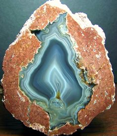 Minerals And Gemstones, Crystals Minerals, Rocks And Minerals, Cool Rocks, Beautiful Rocks, Lake Superior Agates, Airplane Mode, Mineralogy, Rocks And Gems