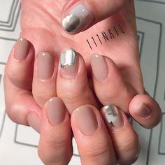 いいね!305件、コメント2件 ― 111NAILさん(@111nail_omotesando)のInstagramアカウント: 「⬜️◽️◻️⚪️▫️⚪️ #nail#art#nailart#ネイル#ネイルアート…」