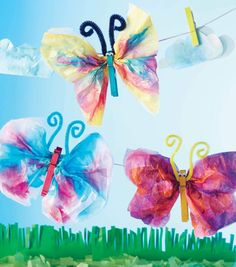 DIY - Basteln mit Kindern Crafts with tissue paper butterflies clothespins pipe cleaners Tips in Sel Summer Camp Crafts, Camping Crafts, Tissue Paper Crafts, Joanns Fabric And Crafts, Easter Activities, Spring Activities, Crafts For Kids To Make, Diy Crafts To Sell, Paper Butterflies