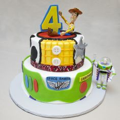 Birthday 072 Toy Story Birthday Cake for Four Year Old? 4 Year Old Boy Birthday, Toy Story Birthday Cake, Cake Table Birthday, 4th Birthday Cakes, Boy Birthday Parties, Birthday Ideas, Birthday Supplies, Festa Toy Story, Toy Story Party