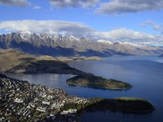 the Remarkables from above Queenstown - always wanted to ski them ... maybe in my next life