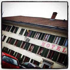 Quattro giorni di meritato #riposo!  programma: indigestione di #musei , #passeggiate e #solobellecose  #Wintherthur #Bassersdorf #Zurigo #viaggi #travel #Svizzera #Switzerland #hotel #estate #vacanze #arte #art #instatravel #visitswitzerland #Svizzeraturismo #turismo #lowe #laurart