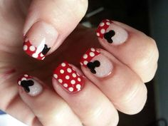 Minnie Mouse Nails Design With Glitter