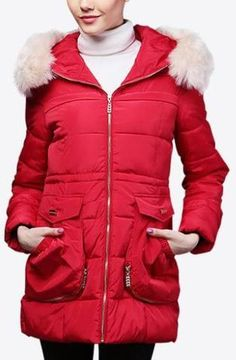 Fur-Hooded Short Puffer Down Coat in Red