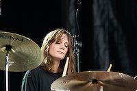 Leah Shapiro, BRMC opening for Pearl Jam