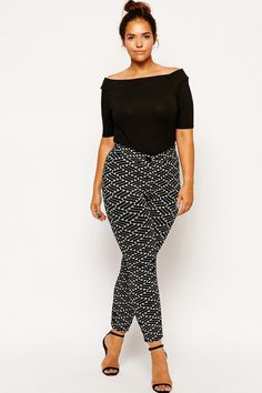 Shop for women's plus size clothing with ASOS. Discover plus size fashion and shop ASOS Curve for the latest styles for curvy women. Big Girl Fashion, Curvy Fashion, Look Fashion, Fashion Outfits, Womens Fashion, Plus Size Dresses, Plus Size Outfits, Mode Xl, Plus Size Workwear