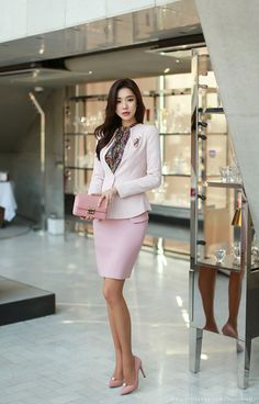 Korean Women`s Fashion Shopping Mall, Styleonme. Office Outfits For Ladies, Summer Outfits For Teens, Colorful Fashion, Asian Fashion, Asian Woman, Asian Girl, Fashion Tips For Women, Womens Fashion, Fashion Models