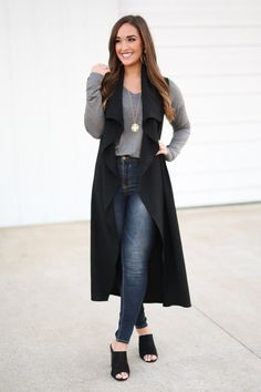 Nude Outfits, Vest Outfits, Classy Outfits, Fall Outfits, Casual Outfits, Black Vest Outfit, Long Black Vest, Sleeveless Trench Coat, Black Waistcoat