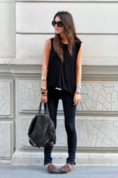 all black jeans top shirt bracelet shoes brown summer street women outfit apparel clothing fashion style