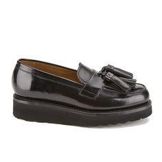 Buy Grenson Women's Clara V Leather Tassle Loafers - Black Hi Shine from Allsole. Wedge Loafers, Tassel Loafers, Loafers Men, Loafer Flats, Black Wedge Shoes, Black Leather Loafers, Leather Tassel, Style, Fashion