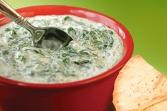 Try this hot, cheesy dip with pita chips, crackers or bread. Ingredients 1 cup Kemps 1% Low Fat Cottage Cheese ½ cup parmesan cheese (shredded) ½ cup mozzarella cheese (shredded) ¼ cup Kemps Skim Milk 10 oz frozen chopped spinach (thawed and squeezed of excess water) 14 oz can artichoke hearts ½ onion ¼ cup …