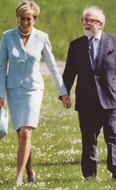 May 27, 1997: Diana, the Princess of Wales with Sir Richard Attenborough during her visit to Leicester to formally open The Richard Attenborough Centre for Disability and Arts.