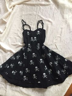 4bfb3778 ROCK STEADY womens XS Black white skull print sleeveless fit flare pinup  dress