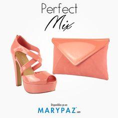 ¿ Eres de las apasionadas por las combinaciones perfectas de bolso y zapato ?  ¡ Descubre nuestra propuesta perfect mix muy colorida !  #areyouready? #areyoucrazy? #primaveraverano15 #perfectmix  #SS15 #springsummer15 #trendy #moda #tendencia #itsspring#springON #feelgood #feelMARYPAZ  BOLSO ► http://www.marypaz.com/tienda-online/sobre.html?sku=72066-00  SANDALIA DE TACÓN…