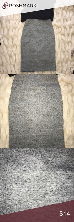 Merona gray marled jersey pencil skirt bodycon s Merona gray marled jersey knit skirt. Size small. Thicker jersey. Worn handful of times. Excellent condition. Below knee. Back zipper and vent Merona Skirts Pencil