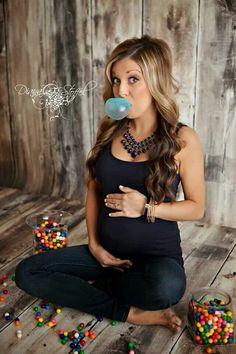 Gender reveal And I love bubble gum!