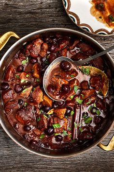 This quick and easy 30-minute veal stew recipe incorporates garlic, carrots, potatoes, dry red wine, thyme, bay leaf and peas to create the ultimate comfort food meets fall recipe. Whether you're eating this stew recipe as a lunch to go or as a quick and easy 25-minute weeknight dinner recipe, it's a great choice for a comfort food recipe.#fallrecipes #comfortfoodrecipes #souprecipes #stewrecipes #vealrecipes #vealstew