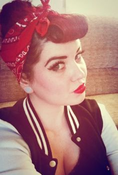 Rockabilly Girls and Vintage Style Pin-Ups Rockabilly Style, Rockabilly Makeup, Rockabilly Fashion, Rockabilly Girls, 50s Makeup, Crazy Makeup, Makeup Art, Bumper Bangs, Pin Up Photography
