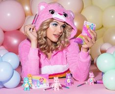 Makeup News: Violet Voss x Care Bears Makeup Collection Release Date 2021 Violet Voss Cosmetics and Care Bears are coming out with a makeup collection. The new Violet Voss x Care Bears Makeup Collection will feature new special limited-edition makeup products and palettes inspired by Care Bears... Bear Makeup, Makeup News, Violet Voss, Beauty News, Care Bears, Release Date, Beauty Industry, Makeup Palette, Makeup Collection