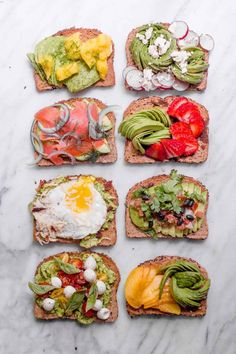 8 Sweet and Savory Ways to Eat Avocado Toast Boring toast, step aside! Learn eight sweet and savory (and unexpected) ways to eat avocado toast. Perfect for breakfast, lunch, or snacks! Quick Healthy Breakfast, Healthy Snacks, Breakfast Recipes, Healthy Recipes, Breakfast Ideas, Figs Breakfast, Mexican Breakfast, Breakfast Sandwiches, Breakfast Pizza