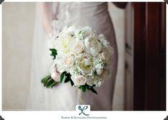 cream and white bridal bouquet