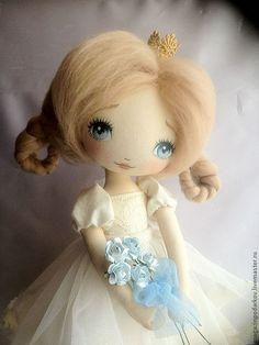 Купить Маленькая принцесса - бежевый, интерьерная кукла, принцесса, текстильная кукла, в подарок, для дома и интерьера