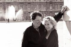 Loving couple portrait at the Louvre Place Carre by Paris photographer Jade Maitre for TripShooter.