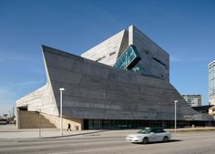 Morphosis Architects / Thom Mayne, Aaron Dougherty · Perot Museum of Nature and Science