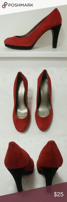 Bandolino Galleigh Red and Black Heels Bandolino Galleigh Red and Black Heels.  Dark red leather uppers. Black 1/2 inch platform and 4 inch heel.  Light wear on soles and heels. Size 8 M. Bandolino Shoes Heels