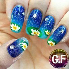 Beautiful lilly pad nail art