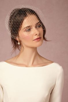 this is the veil style I am looking for.Elodie Veil from Wedding Hats, Headpiece Wedding, Wedding Veils, Bridal Headpieces, Hair Wedding, Bridal Fascinator, Wedding Garters, Gatsby Wedding, Fascinators