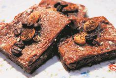 Koffiegeur-patat-en-sjokolade-bruintjies. Alles wat lekker is, is in die smaaklike bruintjies - selfs gesonde patat!