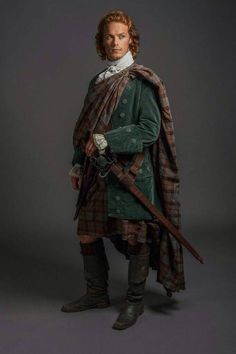 Oh my.  Be still my heart.  I fell in love with James Alexander Malcolm MacKenzie Fraser as I read the first novel of the Outlander series.  This picture takes me back.  And makes me wish I, like Claire, could have a few moments in time with Jamie. Oh my goodness.