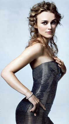 Keira Knightly - very soft backdo, probably pulled together with fingers and mousse
