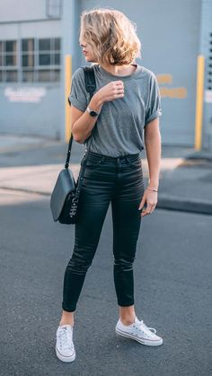 cool 45 Fabulous and Fashionable School Outfit Ideas For College Girls addicfas. cool 45 Fabulous and Fashionable School Outfit Ideas For College Girls Mode Outfits, Trendy Outfits, Fashion Outfits, Classy Outfits, Fashion Ideas, Casual Outfits For Girls, Simple Casual Outfits, Uni Outfits, Fashion Hacks