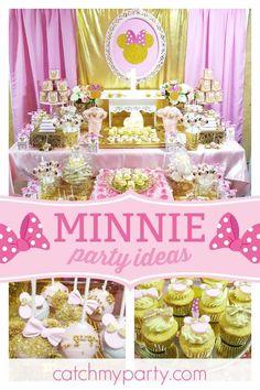 Carolina V's Birthday / Minnie gold - Gold Minnie birthday party at Catch My Party 1st Birthday Party For Girls, Minnie Birthday, Birthday Weekend, Gold Birthday, Birthday Ideas, Birthday Backdrop, Birthday Party Decorations, Theme Parties, Dessert Table