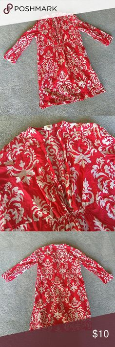 Bathing Suit Cover! Beautiful coral and white bathing suit cover. Very classy and has a modest length to it. In great condition. I ship same day! Merona Swim Coverups