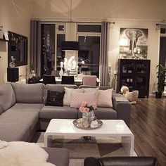Love grey themed home decor Home Living Room, Apartment Living, Living Room Decor, Living Spaces, Living Room Inspiration, Home Decor Inspiration, Home Interior, Interior Design, Sweet Home