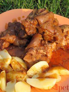 egycsipet: Csülkös körömpörkölt - bográcsban Pot Roast, Food And Drink, Cooking Recipes, Beef, Chicken, Ethnic Recipes, Foods, Drinks, Bed Room
