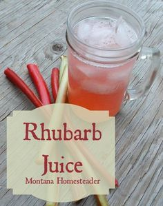 Rhubarb juice is a delicious and refreshing way to enjoy the rhubarb plant. I lo… Rhubarb juice is a delicious and refreshing way to enjoy the rhubarb plant. I love a nice cold glass of rhubarb juice on a hot summer day. Rhubarb Water, Rhubarb Plants, Healthy Juice Recipes, Healthy Juices, Fruit Recipes, Healthy Drinks, Detox Juices, Juicer Recipes, Recipes