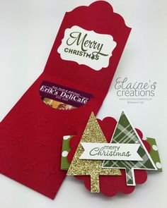 It's never too early to start making some Christmas card gift holders, right? Use the Lots of Labels Fraemlits to create this darling ...