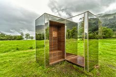 Shedworking: Mirrored shed