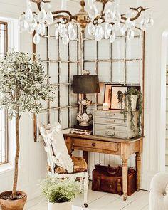 Home Decor Living Room .Home Decor Living Room Shabby Chic Homes, Shabby Chic Decor, Rustic Decor, Farmhouse Decor, Farmhouse Style, Farmhouse Office, Vintage Decor, Industrial Light Fixtures, Industrial Pipe