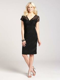 An LBD never goes out of style, and this lacy number is no exception! Pair it with your favourite jewellery and pumps for a stunning and unforgettable evening look!...3010103-0436  Laura