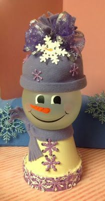 DIY Clay Pot Projects for Your Christmas decorating fun! Clay Pot Projects, Clay Pot Crafts, Diy Clay, Diy Crafts, Shell Crafts, Christmas Clay, Christmas Projects, Christmas Ornaments, Christmas Snowman