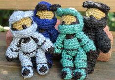 For the gamer in your life, make them these Halo inspired amigurumi in Vanna's Palettes.