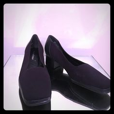 """Naturalizer black loafers with 1.5"""" heel size 6.5 Super comfy black basic loafers with a 1.5"""" block heel. These are in GUC condition. No slip soles, Comfort wear, fabric and leather upper balance with man-made materials. Style number 635N11. These have a couple pics on the inside soles, it does not show as you slide your foot it. It was from storage with other heels nothing that takes away from the appearance on the outside. Naturalizer Shoes Flats & Loafers"""