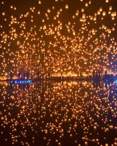 Loy Krathong is Thailand's 🇹🇭 light festival. People celebrate the water 💧 goddess by releasing rafts in the water and lanterns in the sky. Beautiful Photos Of Nature, Beautiful Places To Travel, Nature Pictures, Cool Places To Visit, Romantic Travel, Beautiful Sky, Wonderful Places, Beautiful Landscapes, Floating Lanterns