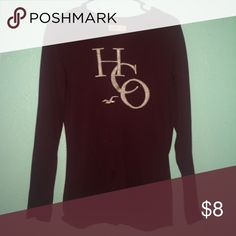 Long sleeve Hollister top Comfy and cute long sleeve :) Hollister Tops Tees - Long Sleeve