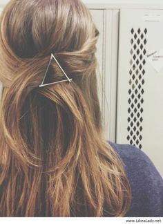 Bobby pin triangle this is really hard to do to your own hair..